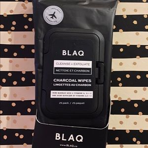 Blaq cleanse and exfoliate Charcoal Wipes